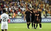 Murat kaptanlık pazubandını taktı, Adis golle başladı!