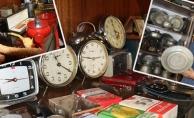Yıllardır biriktirdiği eşyalarla evini müzeye çevirdi, görenler şaşkına döndü!