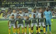 Yeni Malatyaspor evinde Medipol Başahşehir'i 3-0 mağlup etti!