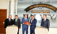 Başdenetçi Şeref Malkoç, Malatya Büyükşehir Belediyesini ziyaret etti!