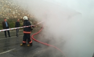 Ev yangınında 3 kişi dumandan etkilendi!