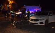 Otomobille motosiklet çarpıştı: Motosiklet sürücüsü yaralandı!