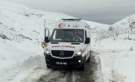 Mahsur kalan hastaların yardımına karla mücadele ekipleri yetişti!