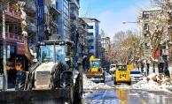 Malatya'da karla mücadele çalışması sürüyor!