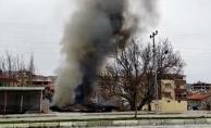 Doğanşehir'de tek katlı ev alev alev yandı