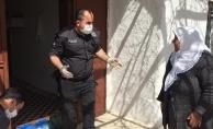 Polis ekipleri yaşlıların ihtiyaçlarını karşılıyor
