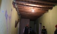 Depremde 20'den fazla ev ağır hasar gördü!