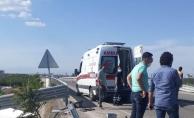 Malatya'da feci kaza! Bariyerlere çarptı, şarampole düştü: 1 ağır, 3 yaralı!