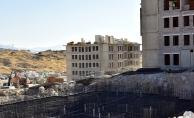 Depremzede konutlarının inşaatları yükseliyor!