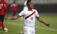 Yeni Malatyaspor transferi açıkladı! Christian Cueva'yı renklerine bağladı