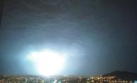 Malatya'da şimşekler geceyi aydınlattı
