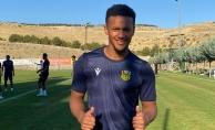 YMS Beşiktaş'a bileniyor… Son transfer Chouiar, ilk idmanına çıktı