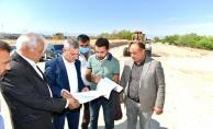 Melekbaba Mahallesindeki yol genişletme çalışmaları son sürat devam ediyor