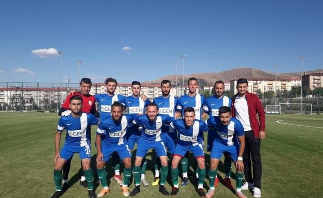 Yeşilyurt Belediyespor hazırlık maçında İdmanyurdu'nu 2-1 mağlup etti