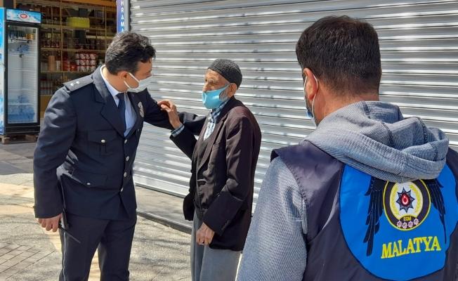 Alzaymır hastası yasağı unuttu, imdadına polis yetişti