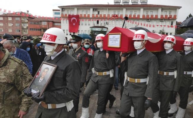Şehit Uzman Çavuş Kızılay, memleketi Malatya'da gözyaşları arasında defnedildi