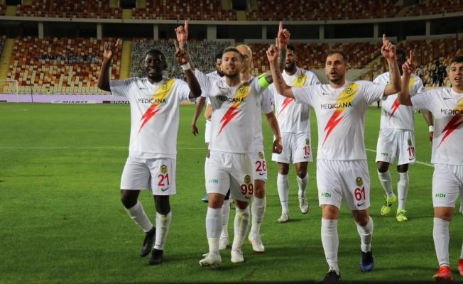 Yeni Malatyaspor bir sezonda 4 kırmızı kart gördü