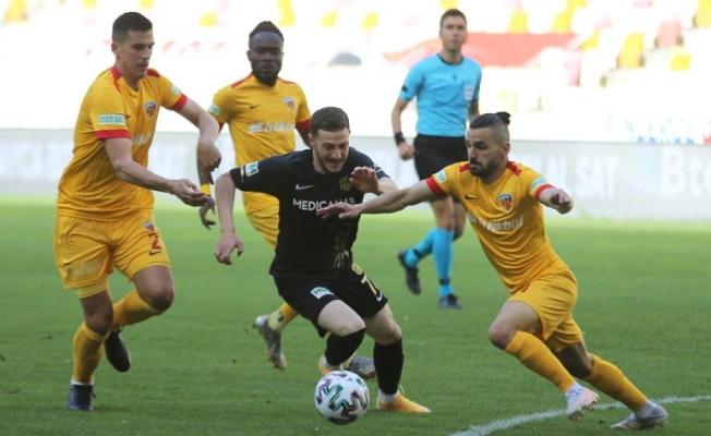 Yeni Malatyaspor, Kayserispor ile 1 puanı paylaştı