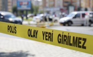 Malatya'da apartman görevlisi ile bina sakini birbirine girdi:  2 yaralı