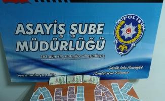Malatya'da bir iş yerlerine kumar baskını! 8 kişiye ceza!