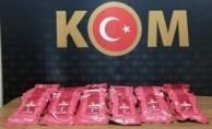 Malatya'da 15 adet kaçak telefon ve nargile tütünü yakalandı